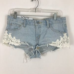 NEW UO BDG Dolphin low rise lace jean shorts